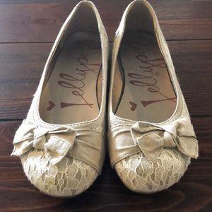 Casual dress shoe